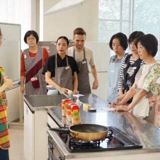Cuisinons les champignons en blanquette !【第19回お料理レッスン 鶏のブランケット】